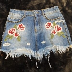 Free People   jean distressed mini skirt size 27